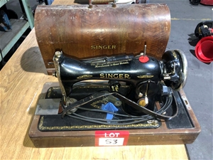 Antique Singer Sowing Machine in Timber