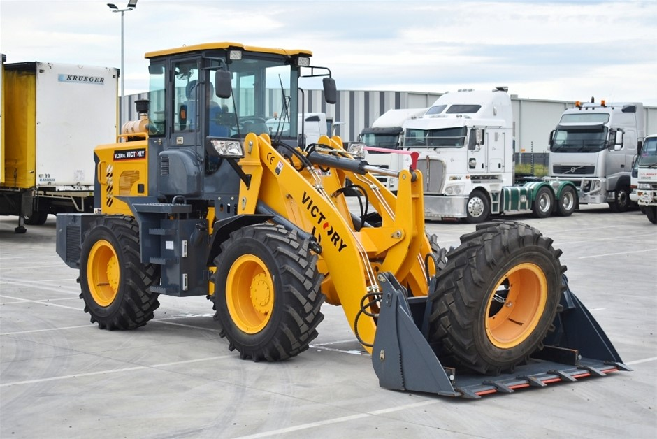 2018 Victory VL200XL Articulated Wheel Loader with Attachments