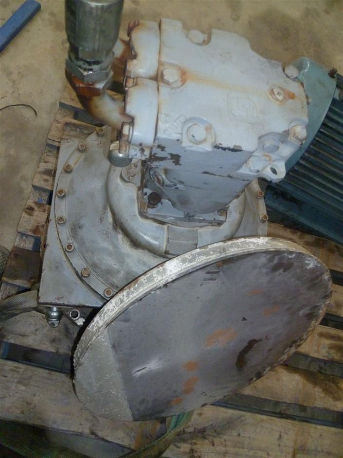 Hydraulic drive removed from a concrete agitator (FL80)