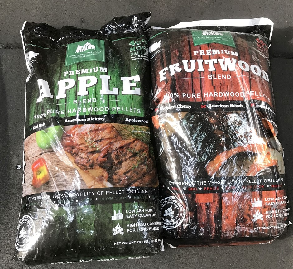 Qty 2 x Green Mountain Grills 12.7kg Bags of Hardwood Pellets Assorted