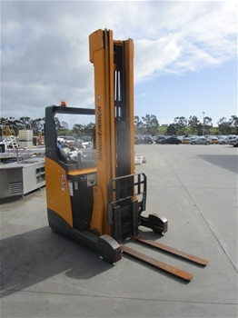 Unreserved Forklifts