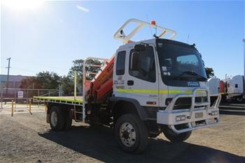 2007 Isuzu FTS 4 x 4 Tray Body Truck