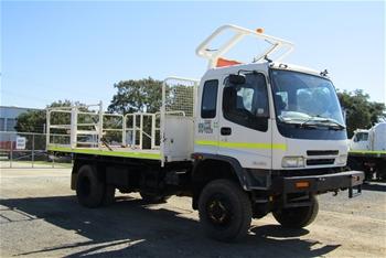 2000 Isuzu FTS 4 x 4 Tray Body Truck
