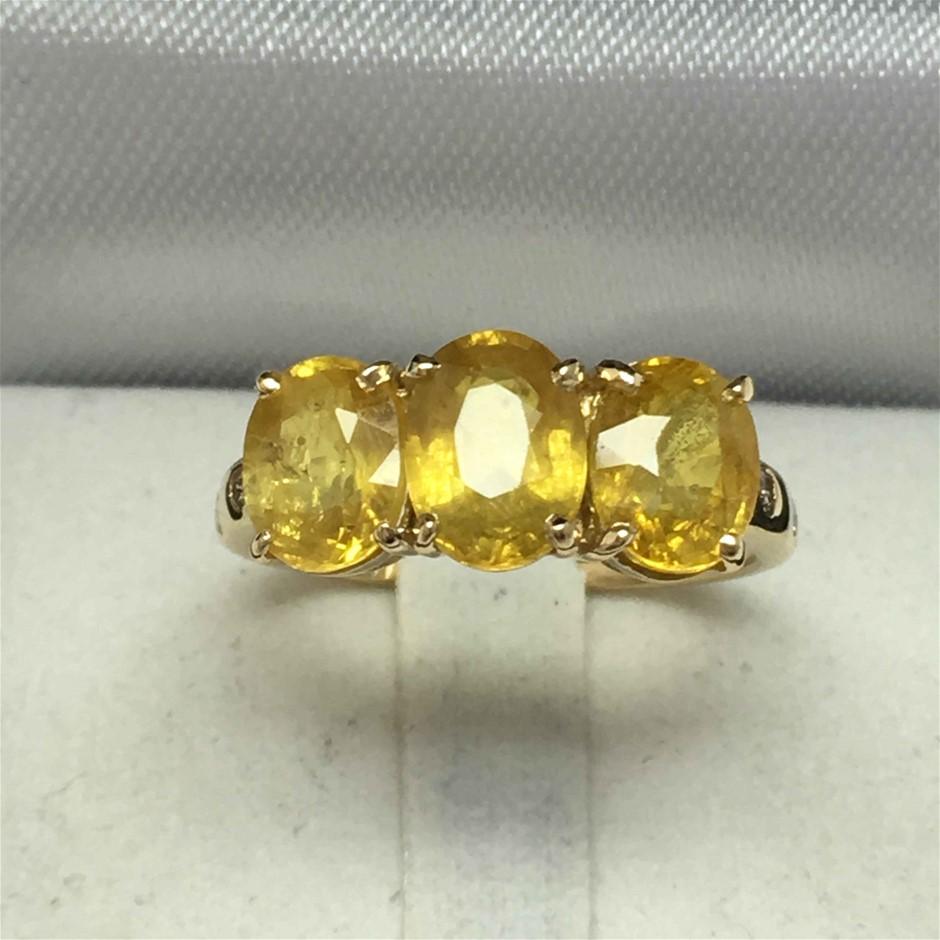 18ct Yellow Gold, 4.66ct Yellow Sapphire and Diamond Ring
