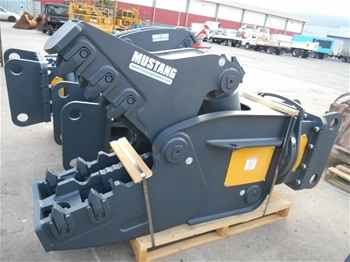Mustang Crusher Attachments