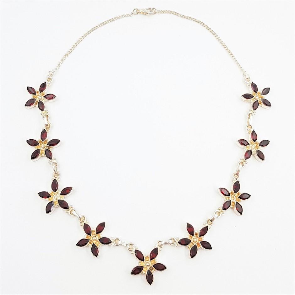 Sterling Silver & Garnet Flower Gemstone Necklace.