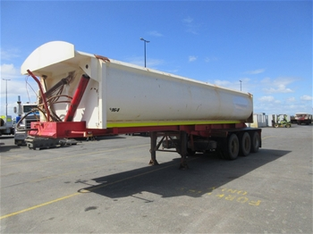 2010 Action Trailers Triaxle Side Tipper