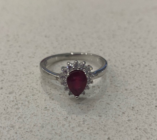 Beautiful Genuine Ruby Ring.