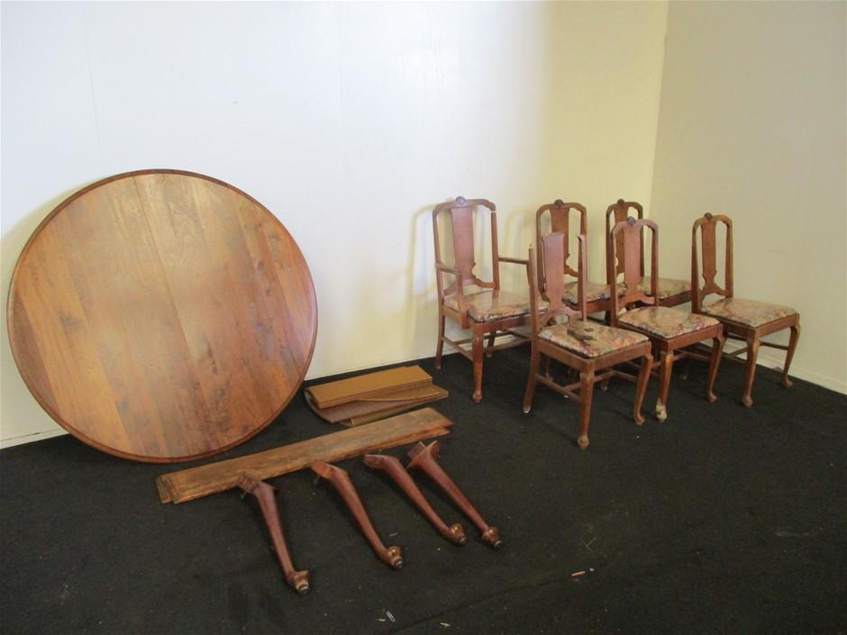 7 Piece Wooden Dining Set