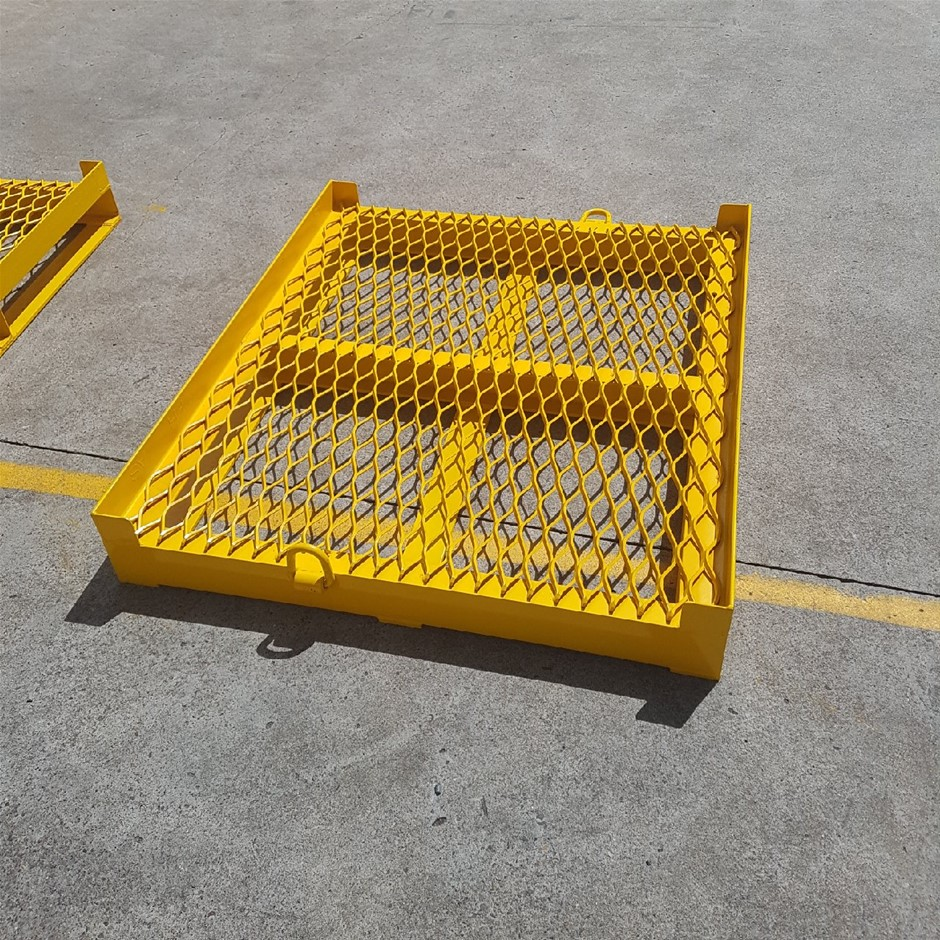 Custom-made Steel Pallet to suit IBC