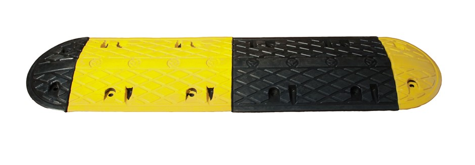 Rubber Speed Hump 1000x350x50mm Includes End Caps Heavy Duty