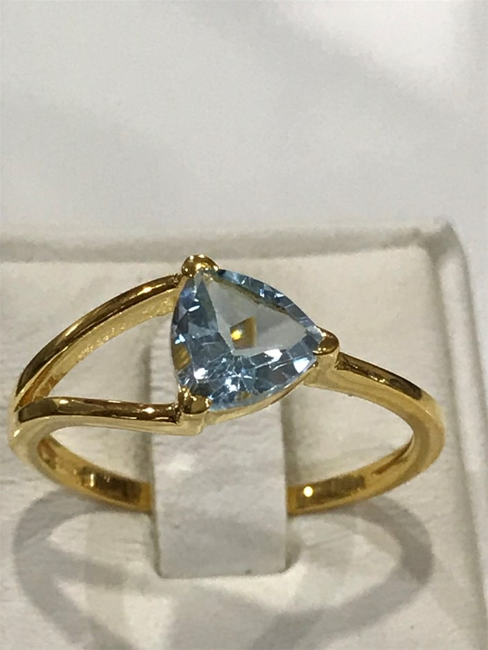 Brilliant 2.00ct Blue Topaz & 18K Gold Vermeil Ring. Size R (8.75)