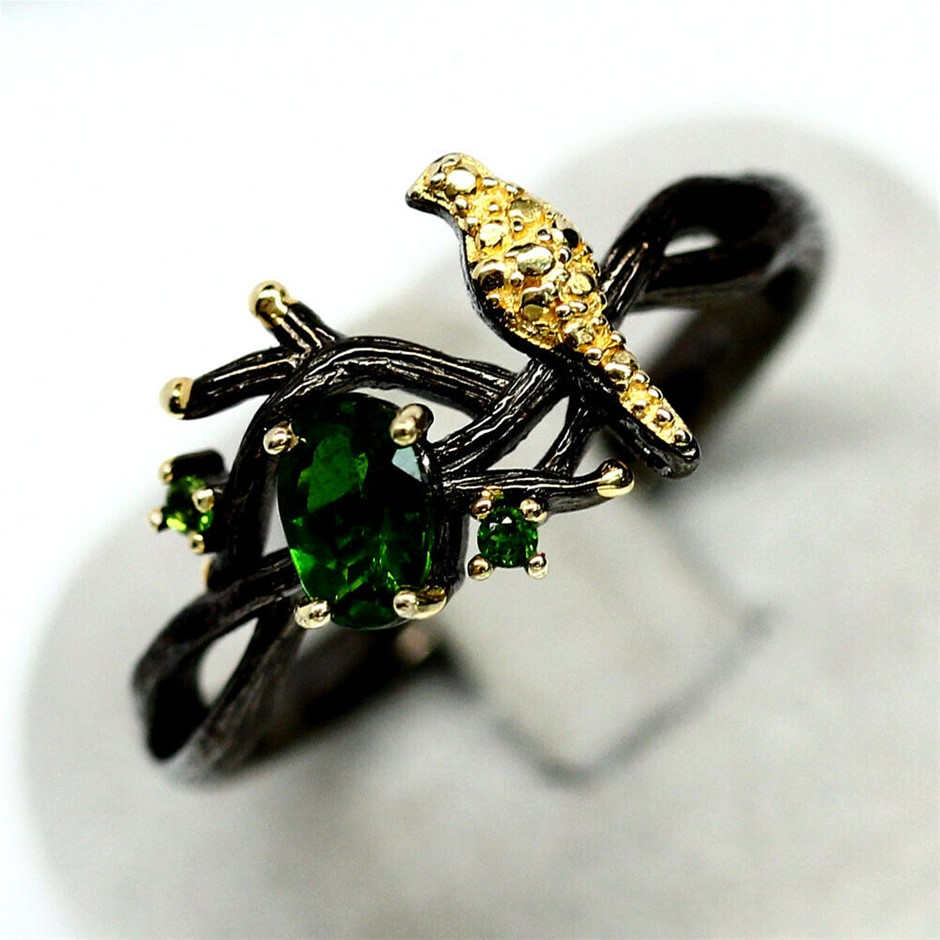 Gorgeous 'Bird in tree' Green Diopside Ring. Size 'S'