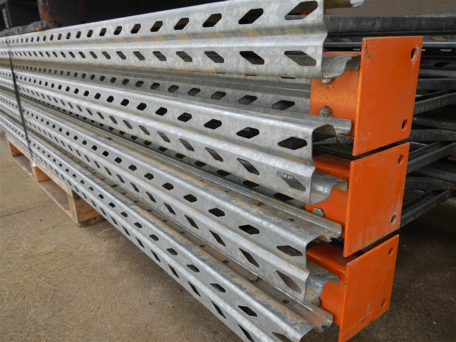 6 bays Colby pallet racking
