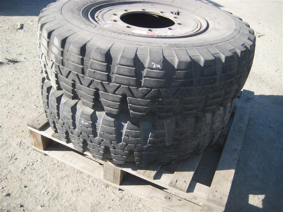 Tyres. 2 x 1200 R 20