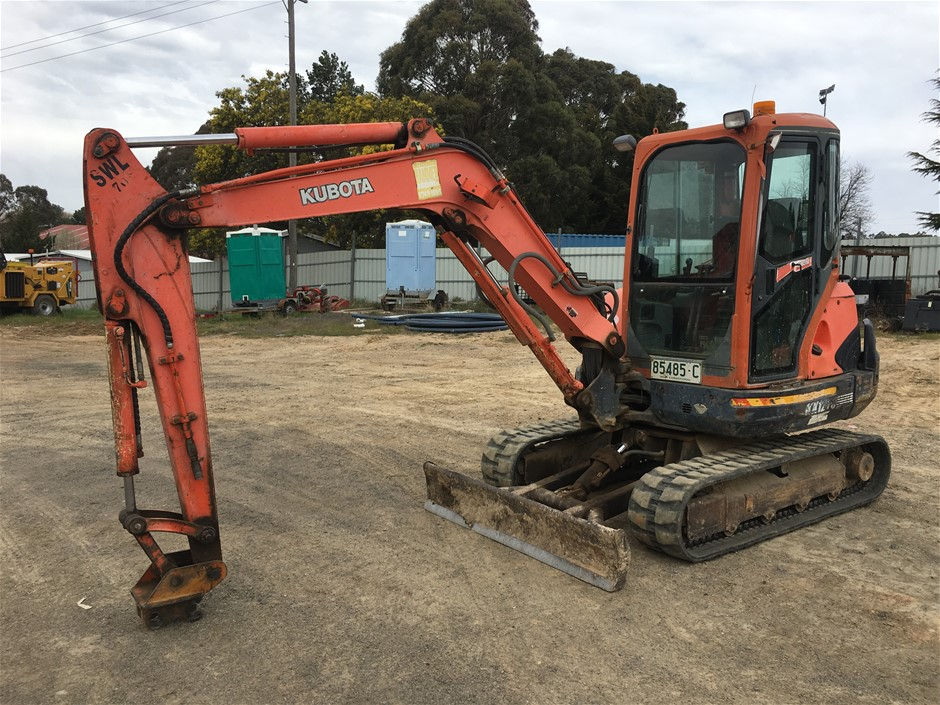 Kubota KX121-3 Tracked Excavator