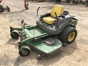 Ride on lawn mower, John Deere 2 Trak 79