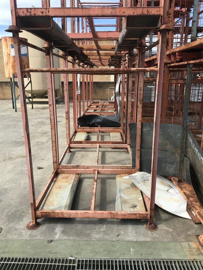 Steel Cage - Approx. Dimensions 1850mm (H) 1050mm (W) 1225mm (L)