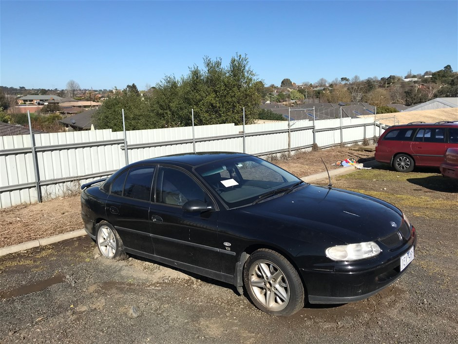 1999 Holden Commodore Automatic Sedan