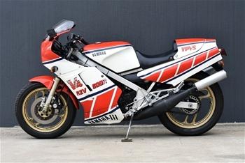 1984 Yamaha RZV-500R V4 YPVS
