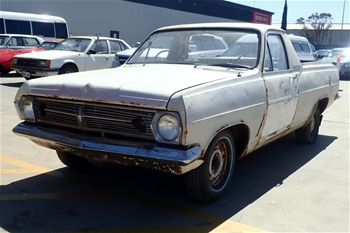 Unreserved Holden HR Ute Manual Ute