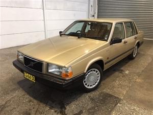 1990 Volvo 740 GL RWD Automatic - 4 Spee