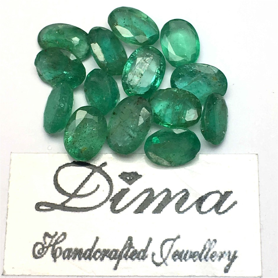 Fourteen Loose Emerald 9.78ct in Total