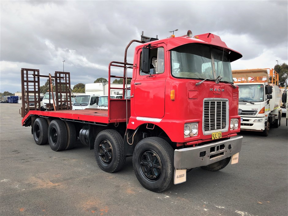 1975 Mack Cruiseliner 8x4 Beavertail with Ramps