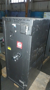 Ord Safe Co Safe with Combination Lock