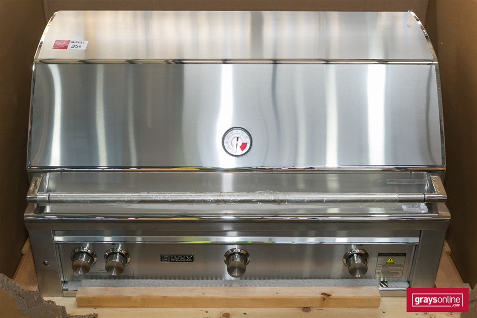 1 x Lynx LA42R-NG Stainless Steel Built-In Type BBQ with Hood