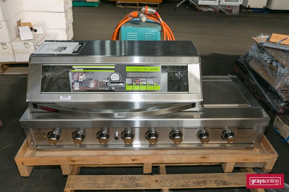 1 x Gasmate Platinum II BQ1022B Inbuilt Gas BBQ