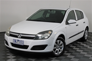 2005 Holden Astra CD AH Automatic Hatchb