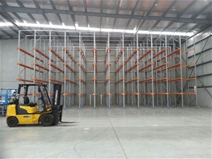 Drive In Pallet Racking, Approximately 3