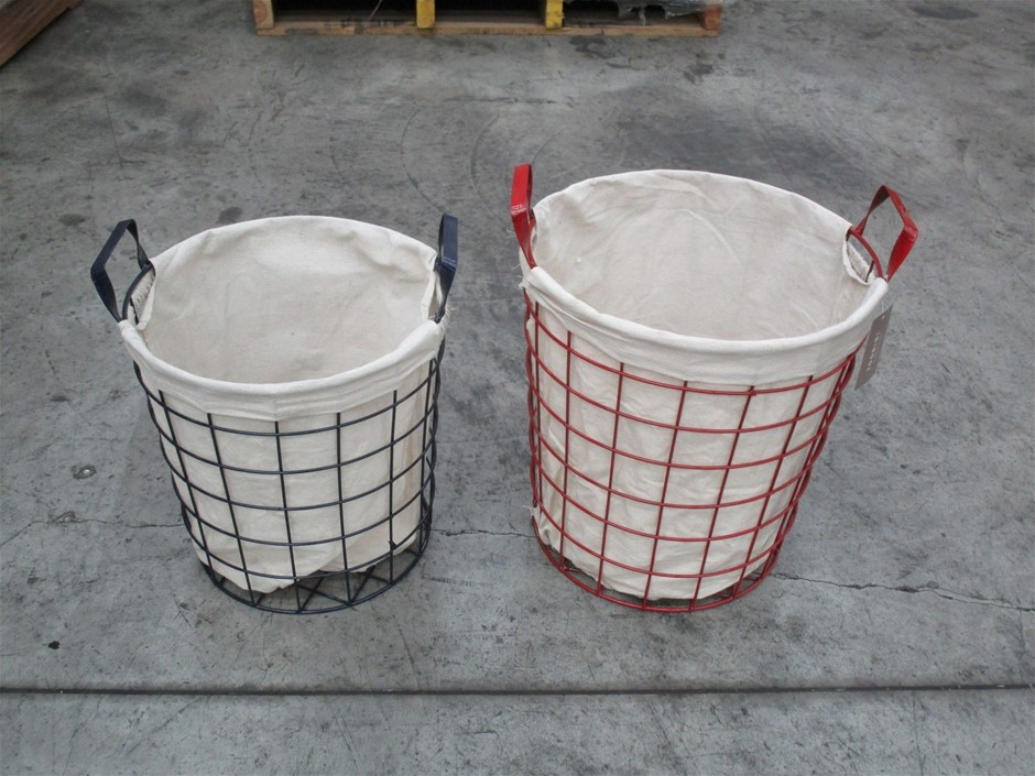 Pallet of Approximately 22 Metal Baskets with Liner (Set of 2)