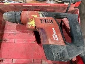 Hilti TE5 Electric Hammer Drill 240 Volt