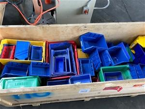 Bulk Lot of Approx 110 Plastic Shelving