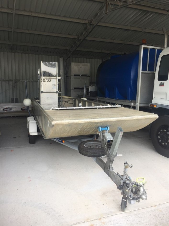 1987 6m Bennet Punt with 2010 Sales Trailer