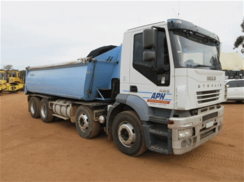 2006 Iveco Stralis 485 8 x 4 Tipper Truck