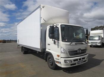 2018 Hino FL500 4x2 Pantech Truck