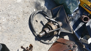 Hydraulic powered Auger Head
