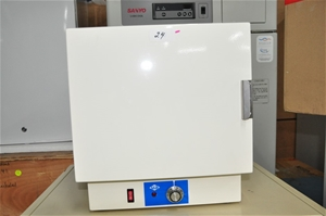 Oven 10 litre capacity with thermostat c