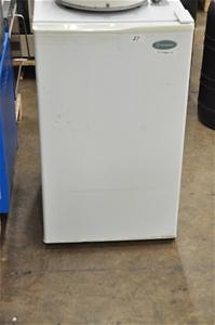 Bar fridge 80L, 240V. Westinghouse (2664