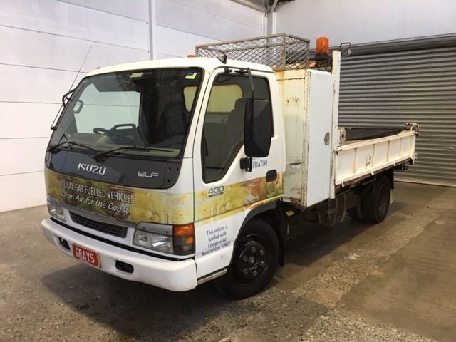2004 Isuzu Med Elf 400 4 x 2 Tipper Truck