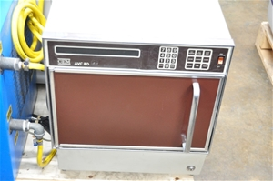 Microwave for moisture and solids analys