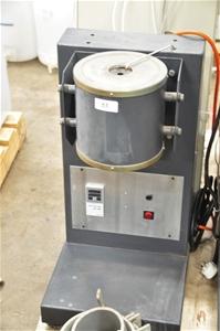 Tube furnace, 240V. Shinkko (266478-53)