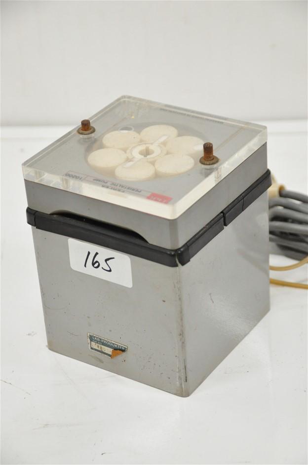 Peristaltic pump single head 8ml/min, 240V. LKB/Perpex (266478-165)