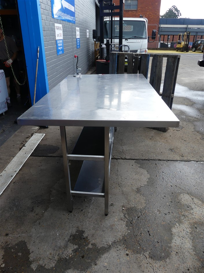 Free Standing SS Food Preparation Bench with Built-in Can Opener