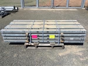 24 x Steel Posts 2.4m Vendor code: 13268