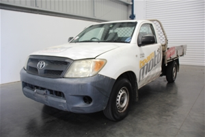 2005 Toyota Hilux Workmate TGN16R Manual