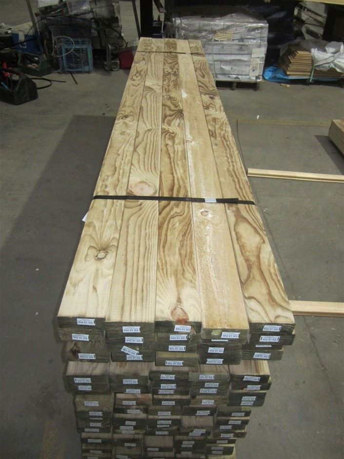 Pack Of 20 Lengths Of 90mm x 35mm H3 Treated Pine